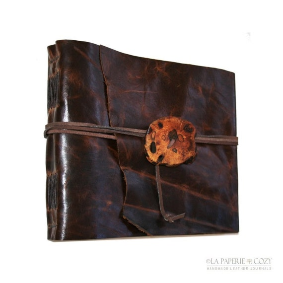 Large Brown Handmade Leather Journal / Sketchbook / Wedding Guestbook  . wood button (320pgs)