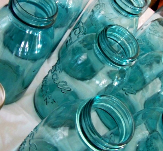 Old Blue Jar Ball Mason Quart - One Jar