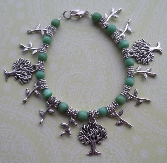 Green and Silver Leaves and the Trees Beaded Charm Bracelet