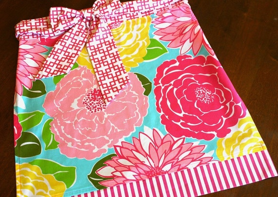 Lilly Pulitzer Half Apron in Umbrella Flowers