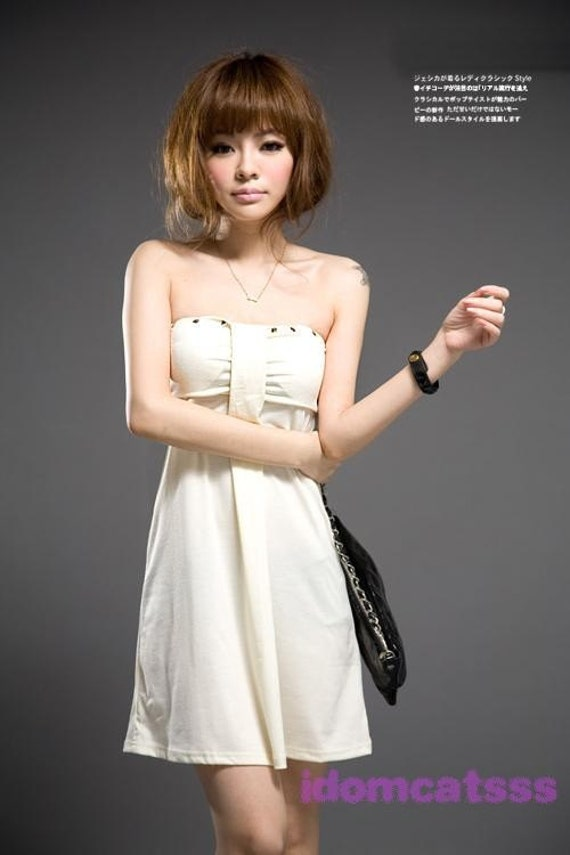 لباس سفید بی تسمه 42