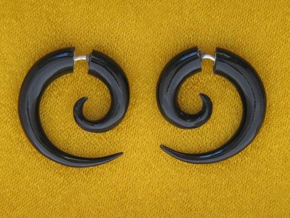 ديورموضة الأقراط « ear cuffs »أعراس الشتاء دافئة بديكورات الخشب!تألقي