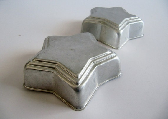 Farmhouse Decor Pair of Stars Mini Baking Pans