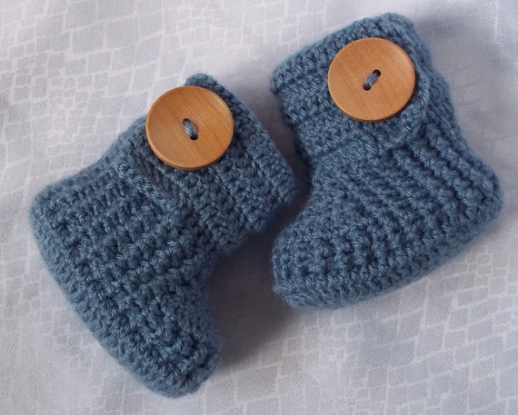 Crochet baby booties for 3 to 6 months with large wooden buttons- ready for shipping