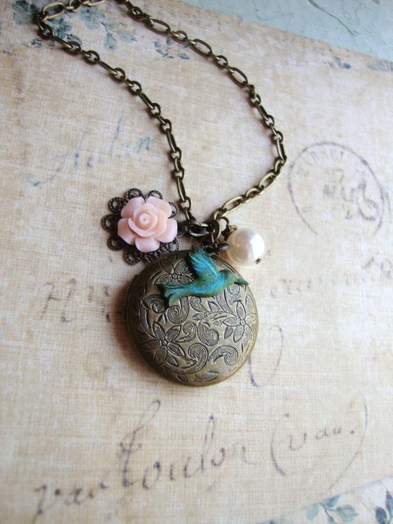 Wedding Bouquet Locket Wedding Locket Bridal Necklace Bridesmaid Gift