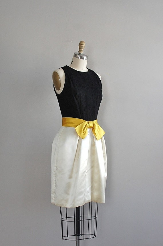 vintage 1960s Fille de Sourire dress