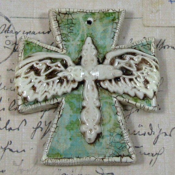 Shabby Nouveau Medium Cross Charm  056