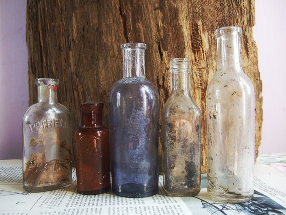 5 Ancient Vintage French bottles Treasured x 5