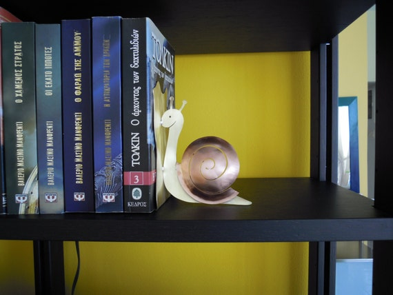 1 Snail Bookend