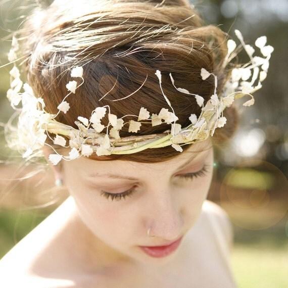 arrayed - natural vine crown