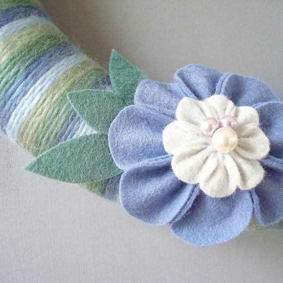 "Garland Striped Yarn and Felt Flowers.  12 ""door wreath. Blue, periwinkle, violet, green felt flowers. Heartfelt Wreaths Yarn on Etsy."