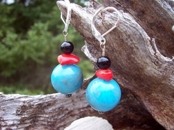 Red coral, black onyx and glass earrings