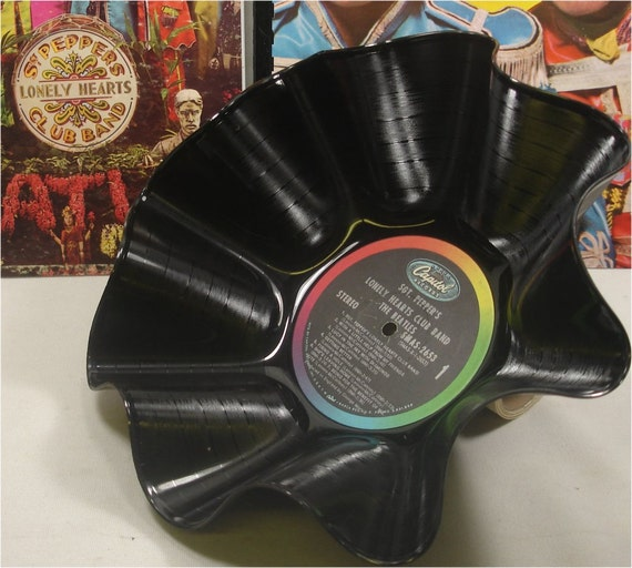 BEATLES - Sgt Peppers - Recycled Record Chip Bowl and 2 Journals Gift Set