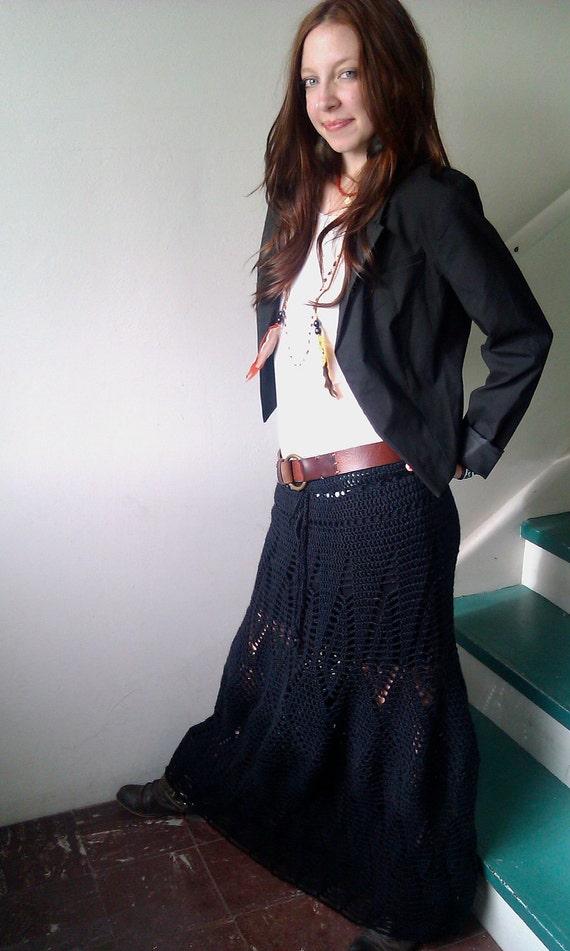 Amanda's Maxi Skirt in black (size M)
