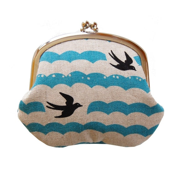 Coin purse with soaring sea birds
