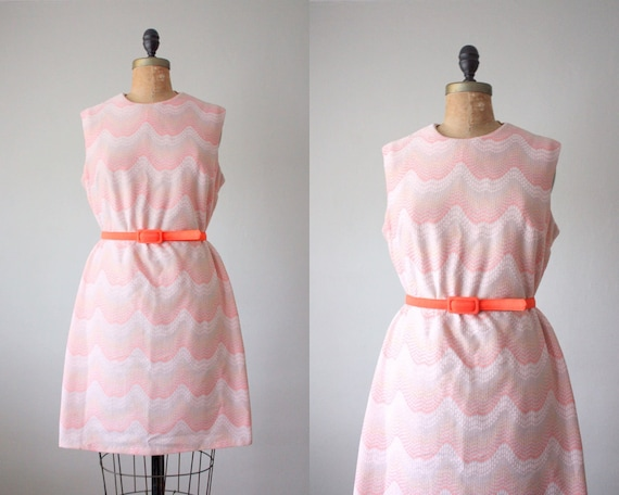 1960's art deco pink shift dress