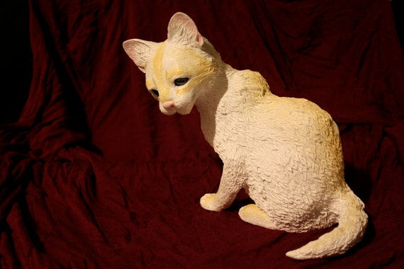 Fond Kitten Sculpture