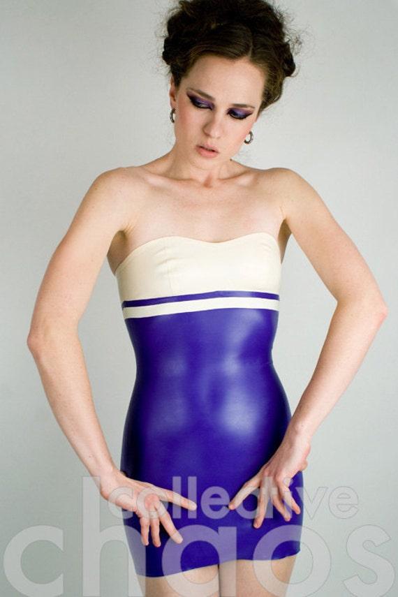 Vestido de látex Strapless Mini