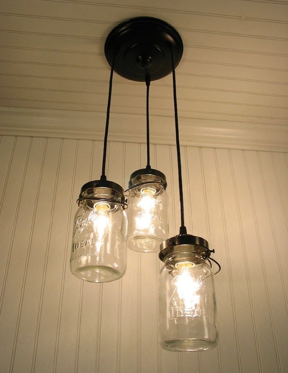 Lighting with mason jars cottagechicstyle for Hanging lights made from mason jars