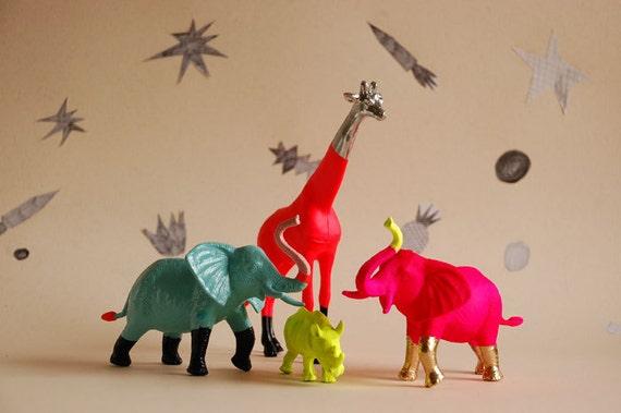 giraffe - the strange planet