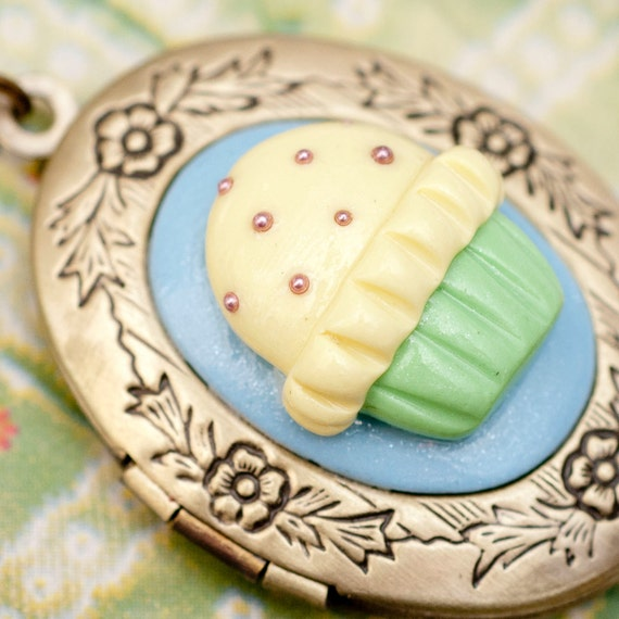 Roscata Lemon Mint Cupcake Floral Oval Locket Necklace - Handmade Polymer Clay Miniature Food Jewelry