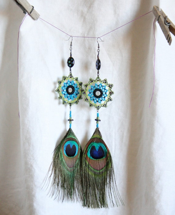 Peacock feather earrings crocheted