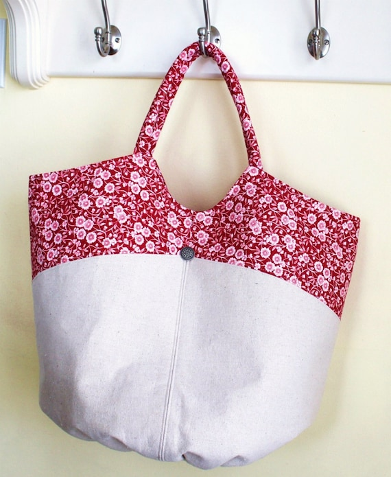 Large Red Calico and Natural Cotton Tote and Tissue cover Set