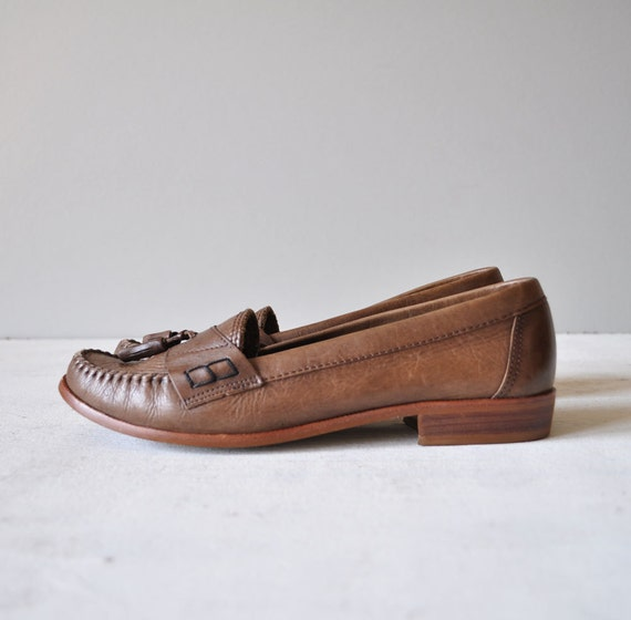 Vintage 80s WOODY Brown Leather Tassel Loafers by MariesVintage from etsy.com