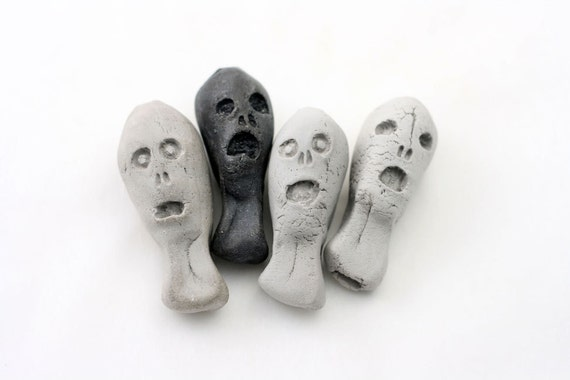 Ghoul Head Pedant Bead Whistles