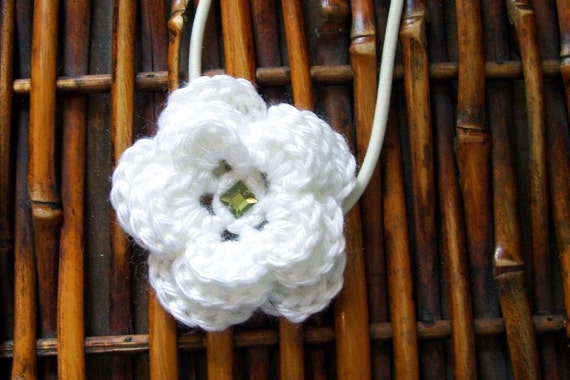 White Triple Layer Flower Elastic Headband