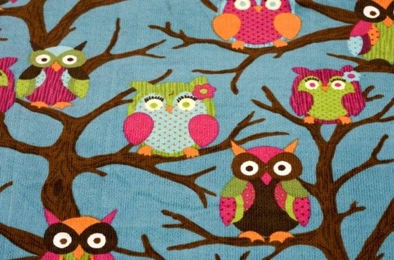 owl017 - 2.5 Yards Corduroy Fabric - Owls on Blue