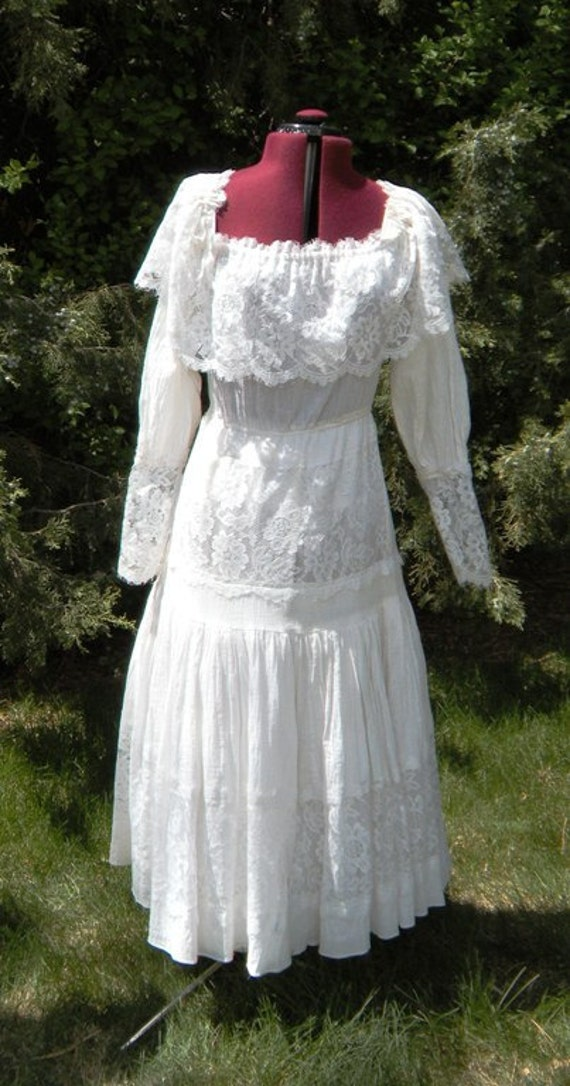 1970s Country Lace Summer Wedding Dress From LittleSuzies13