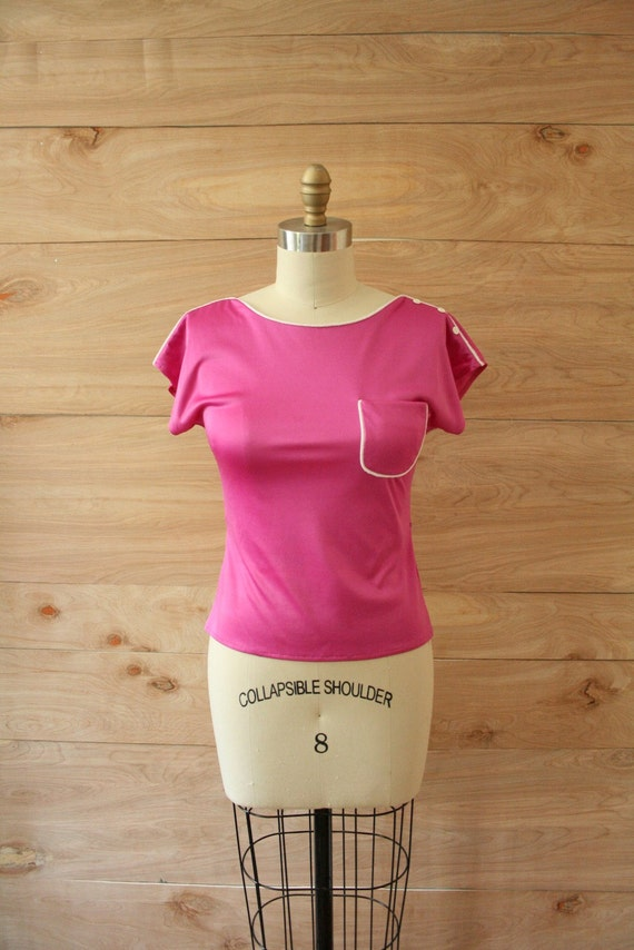 Vintage 70s Fuschia Top with Piping
