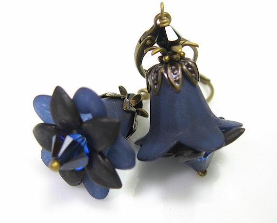 Navy Blue Swarovski Lucite Flower Vintage Style Earrings