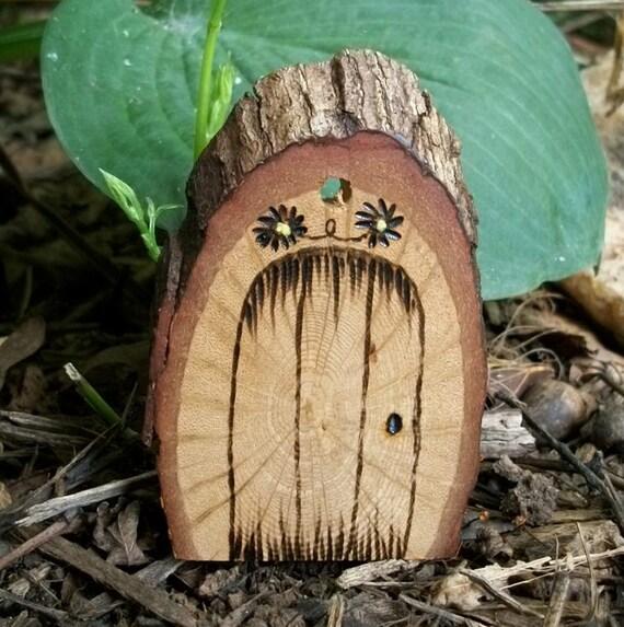 Цветы природных Растик Ок волшебную дверь Подарочные теги или Рождественская елка орнамент 3 1 / 8 дюйма