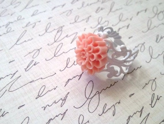 Peach Mum Ring