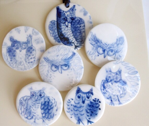 Hand formed and hand painted porcelain Delft Brooch - Owl