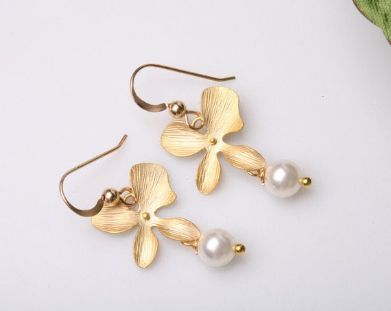 Pretty Gold four orchid and little pearl on gold filled earrings(silver available)