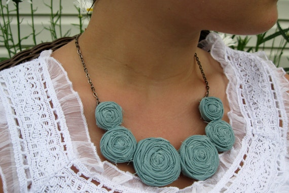 Ocean Posie Necklace