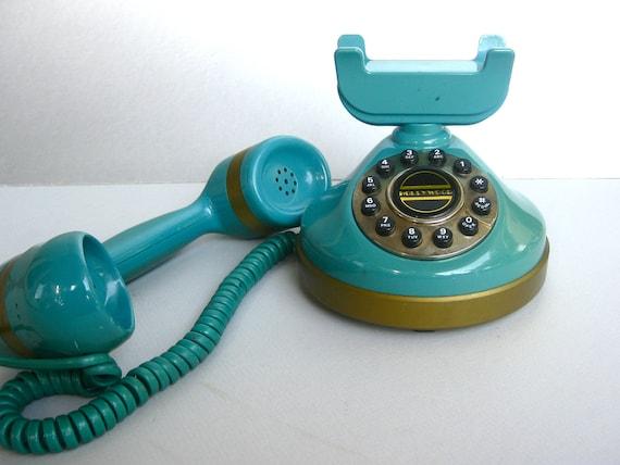 Vintage Teal Hollywood Telephone