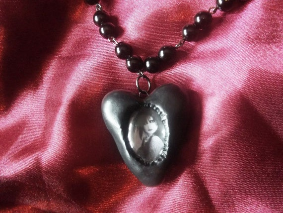 Siouxsie Sioux gothic love heart shaped polymer clay cameo necklace