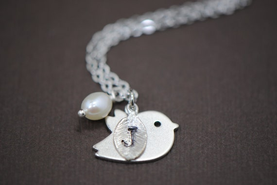 Personalized Sweet Mod Bird with Leaf and Freshwater Pearl in SILVER or GOLD