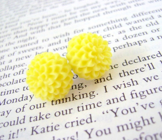 Canary Yellow Chrysanthemum Bloom Earrings