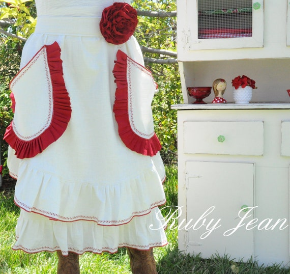 Momma's Red Ruffled Linen Farmhouse Apron