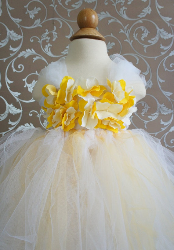 Gorgeous Flower Girl Tutu Dress, Photo Prop, in Ivory  and Yellow, Hydrangea Flower Top
