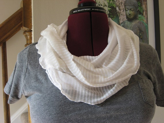 Infinity scarf white stripe on ivory