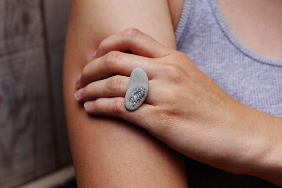 Пеббл регулируемым кольцом
