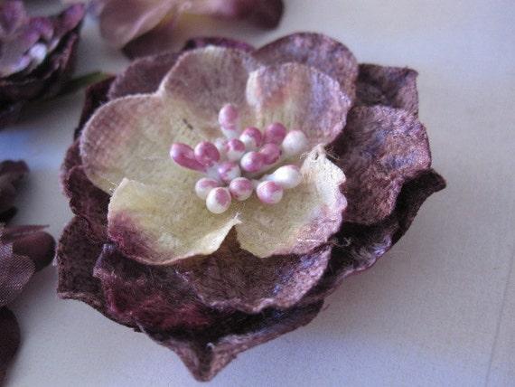 Слива пурпурным бархатом и украшения Шелковый цветок - набор из шести цветов изменены - Дамских, Измененные Couture, волос Цветы