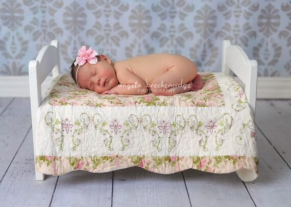 Headband flor recém-nascido para tamanhos adultos Vintage Rosa com Pérola sobre magro rosa estiramento Fotografia elástica prop, Floristas