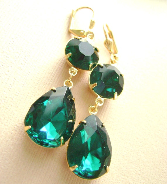 Emerald Green Earrings Gold. Wedding Jewelry, bridesmaid gift, Like Kyle Richards & Angelina Jolie Housewives of Berverly Hills
